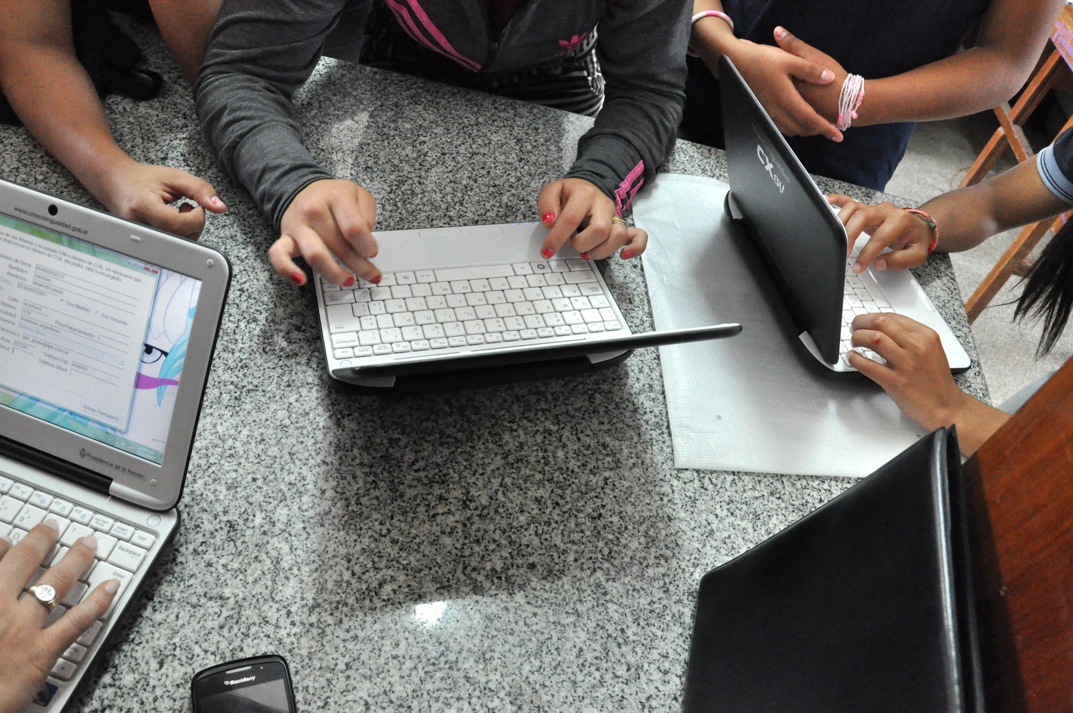 Ayudando a las organizaciones educativas a ir hacia la digitalización
