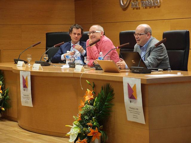 Felicitamos a Francisco Herrera por su distinción con la Medalla de Andalucía