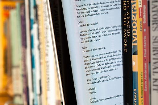 """Solicitud de propuestas para libro: """"Con la Red / En la Red: creación, investigación y comunicación cultural y artística en la era Internet"""""""