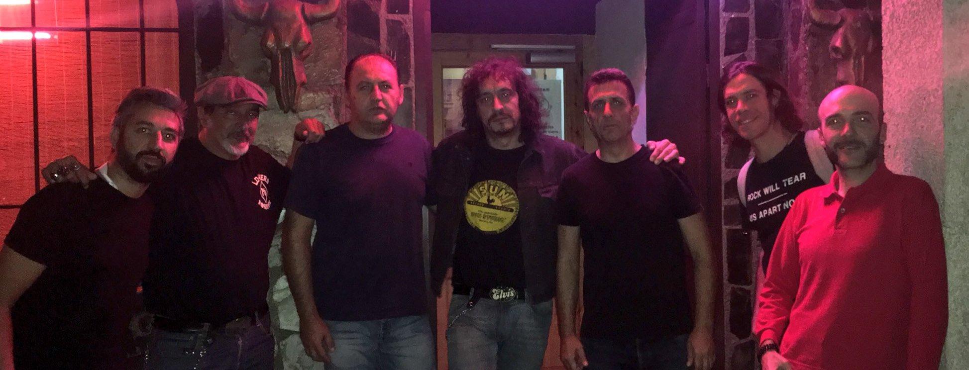 El Amply: reunión de rockeros en Blus Bar