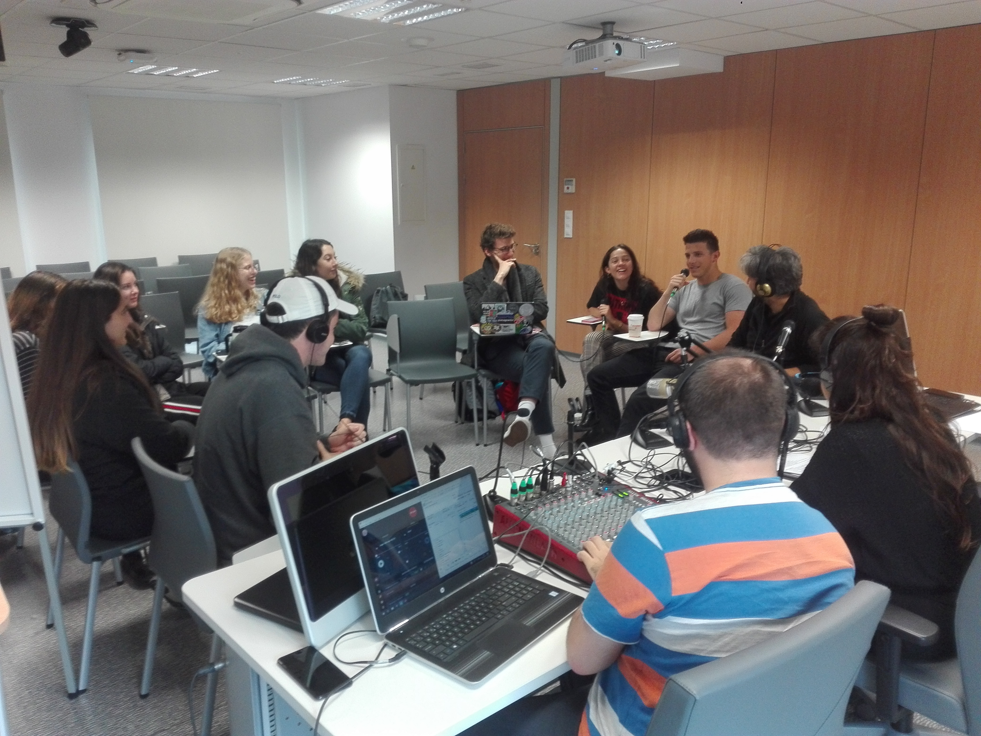 Radiolab UGR: Conociendo al alumnado del IES Abroad