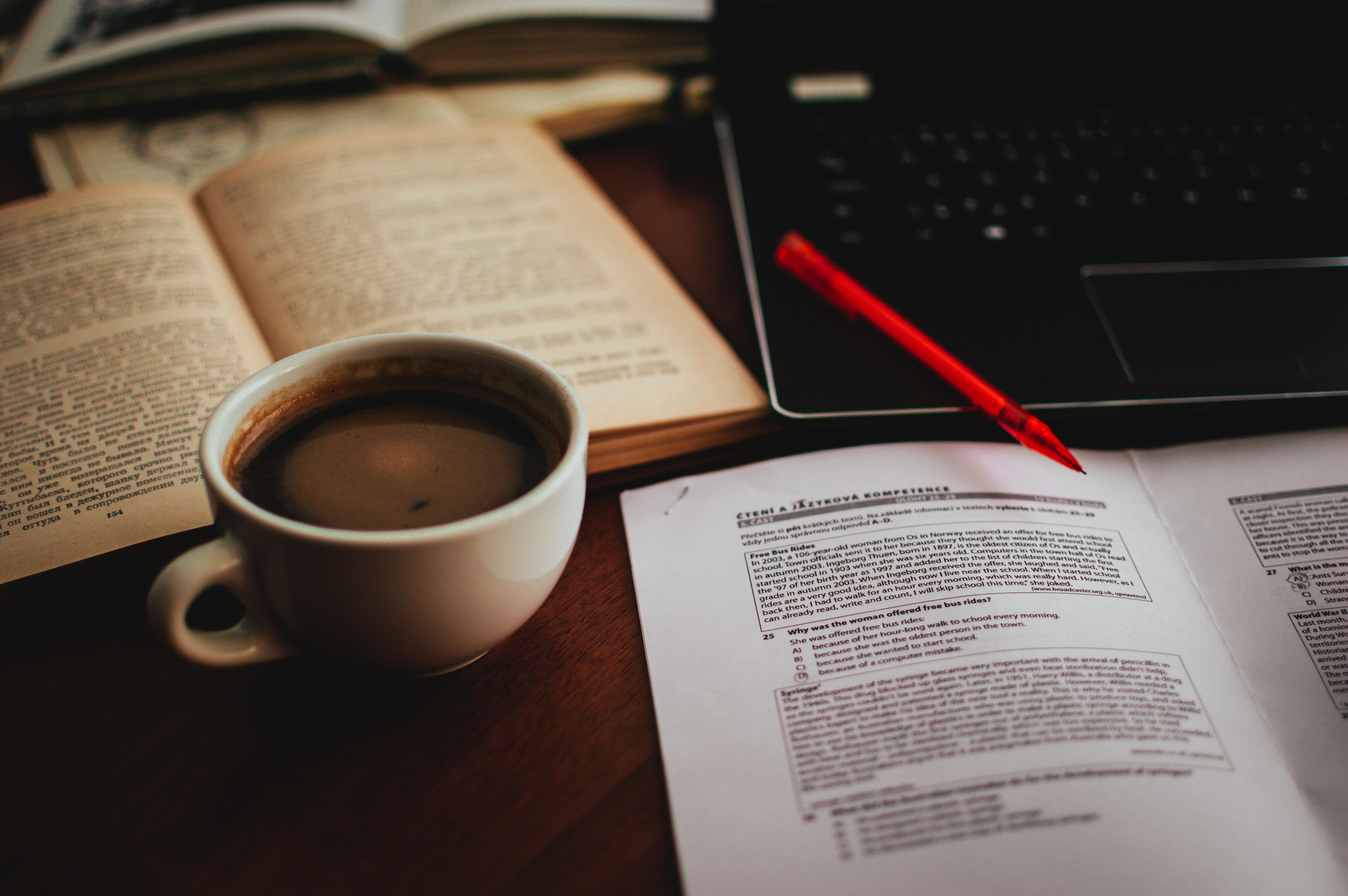 Convocatorias abiertas en Ciencias Sociales y Humanidades Digitales (13/01/2020)