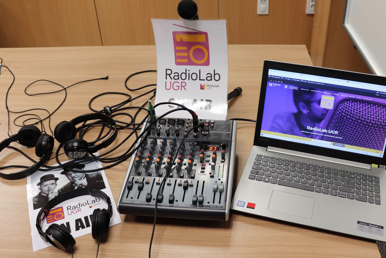 ¿Te gustaría integrar la radio en tus clases? RadioLab UGR te lo pone fácil