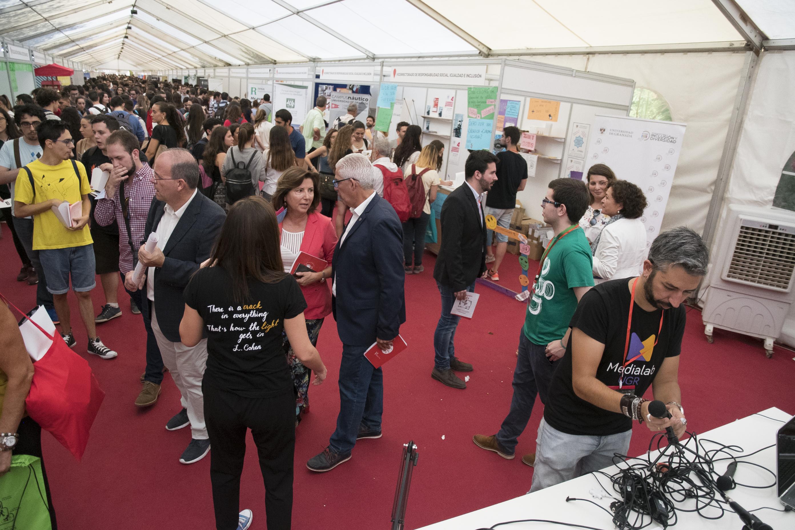 Medialab UGR en las Jornadas de Recepción de Estudiantes